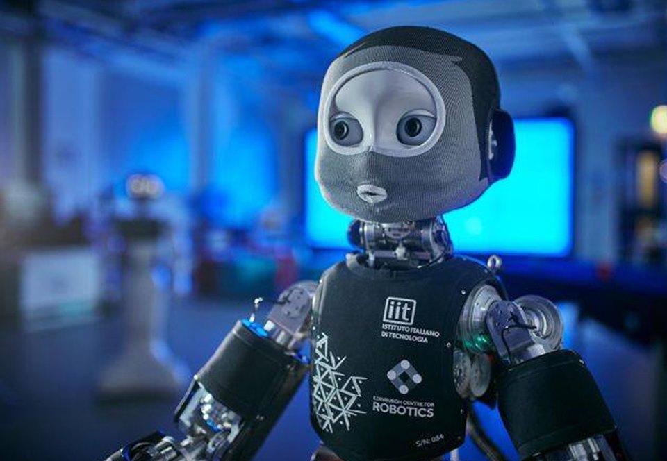 В Шотландии создали общительного робота-врача