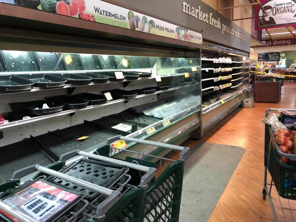 В США магазин выкинул продукты на $35 тысяч из-за кашлявшей покупательницы