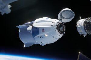 В мае астронавты впервые отправятся в космос на корабле Crew Dragon от SpaceX