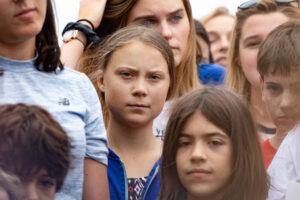 Грета Тунберг решила проводить климатические протесты онлайн