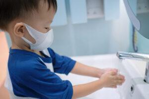Как протекает COVID-19 у детей
