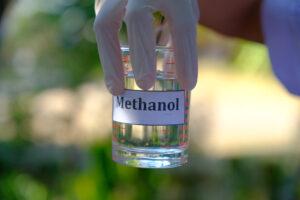 В Иране коронавирус лечили метанолом: 44 погибших