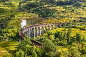 Самые живописные маршруты для путешествий на поезде по Европе