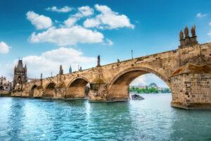 Пражский Карлов мост: история, интересные факты и легенды, как добраться