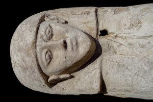 В Египте нашли мумию девочки с богатым приданым