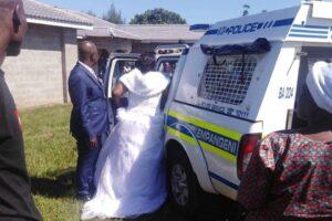 В ЮАР за нарушение карантина арестована свадьба