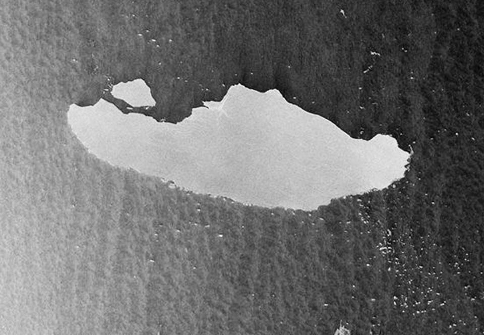 Крупнейший в мире айсберг скоро разрушится?.Вокруг Света. Украина