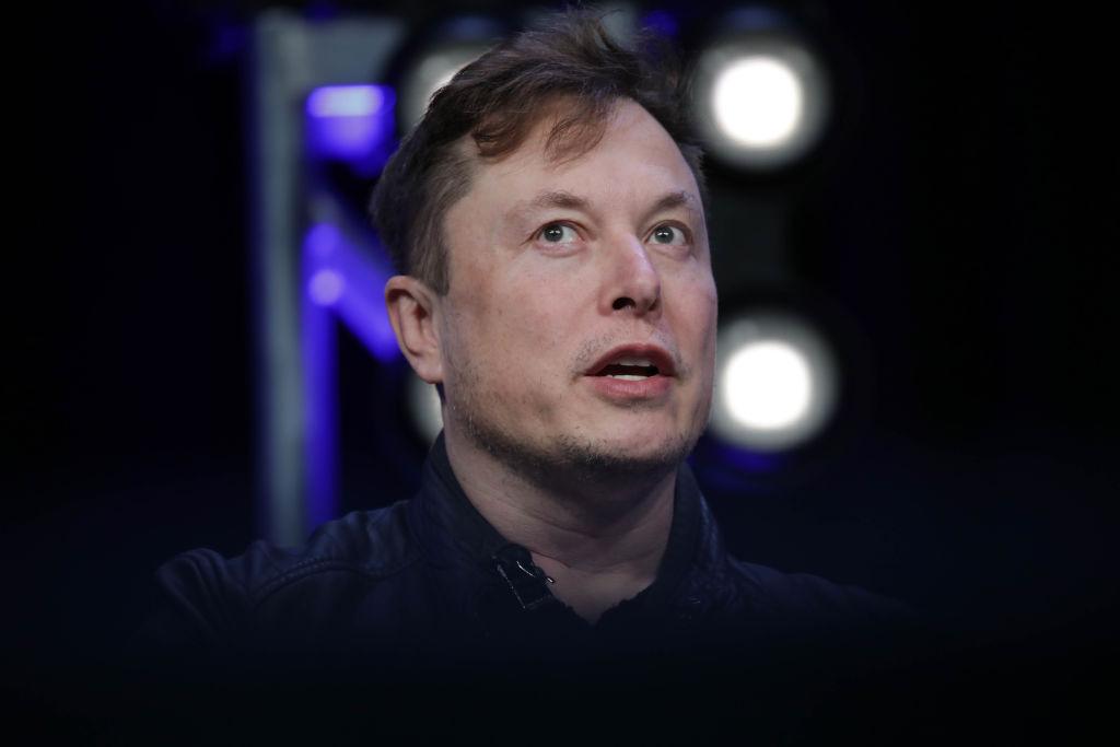 Илон Маск начинает поставлять больницам аппараты для вентиляции легких