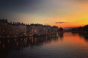 Прогулка по Лиону: трабули, шоу марионеток и рынок Бокюза