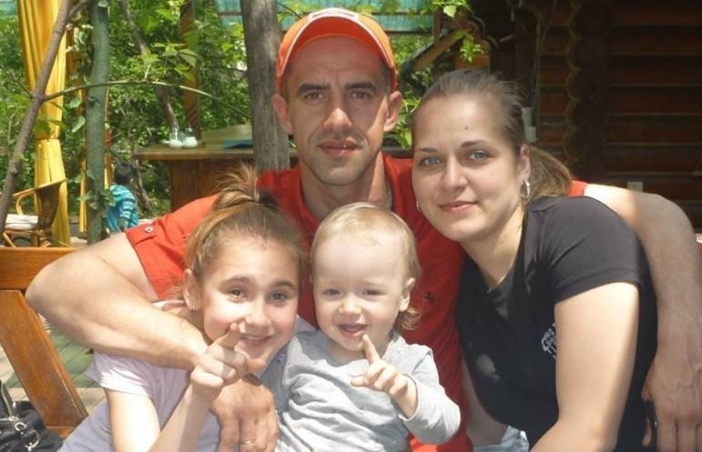 Марафонец пробежал 100 километров вокруг кровати.Вокруг Света. Украина