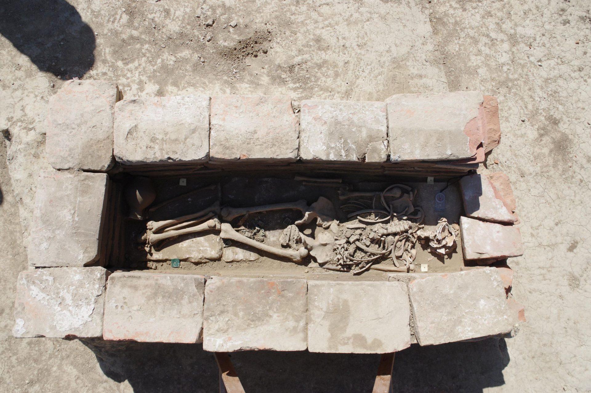 В Хорватии на действующем кладбище нашли 1300-летние могилы