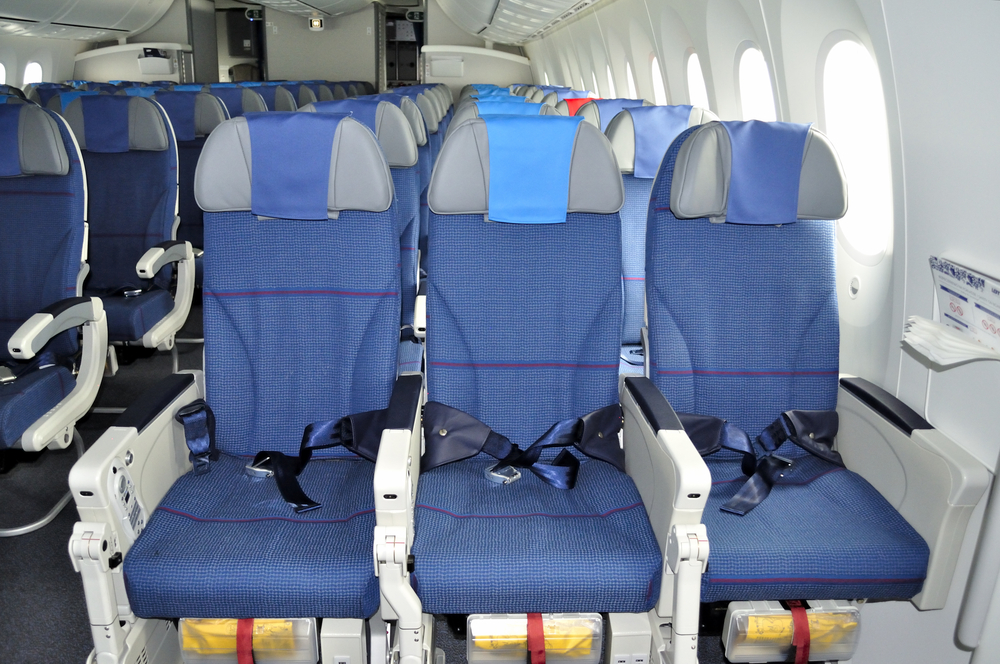 Из-за коронавируса авиатрафик в Европе упал на 90%