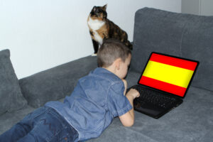 В Испании из-за карантина все школьники получат хорошие отметки
