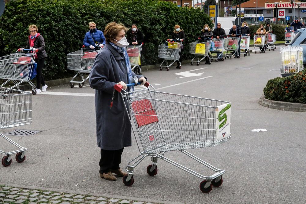 В Италии пенсионерка 11 раз подряд сходила в магазин.Вокруг Света. Украина