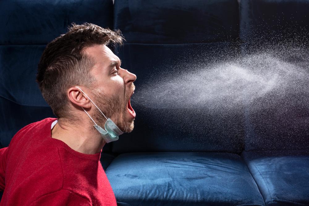 Пользу масок измерили в вирусных частицах