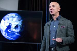 Джефф Безос вновь возглавил рейтинг миллиардеров мира