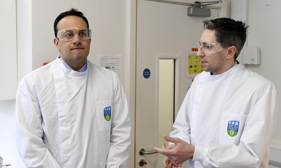 Премьер-министр Ирландии будет работать врачом на время эпидемии