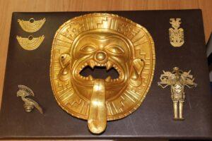 Европол изъял у черных археологов тысячи артефактов