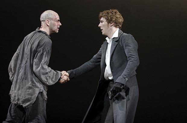 Спектакль «Франкенштейн» с Бенедиктом Камбербэтчем бесплатно покажут на YouTube.Вокруг Света. Украина