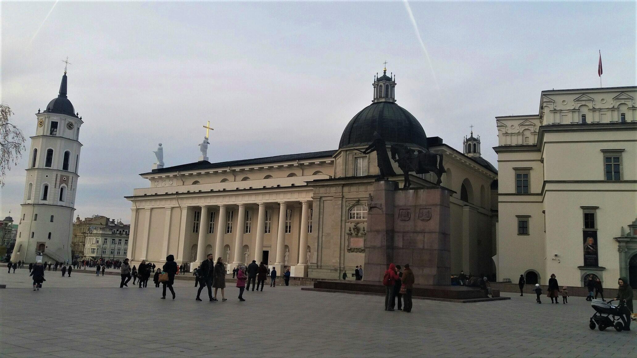 Поездка в Литву: замки, цеппелины и добрый доктор Айболит