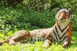 В Англии вооруженные полицейские ловили тигра, а поймали скульптуру