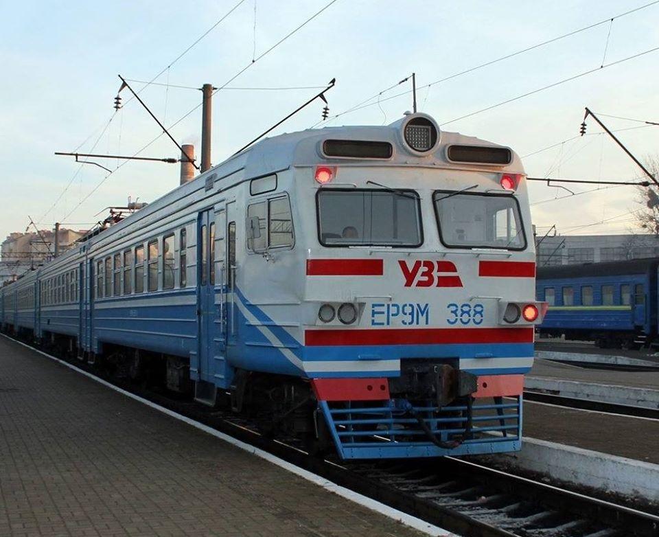 В Украине возобновляется движение электричек: направления
