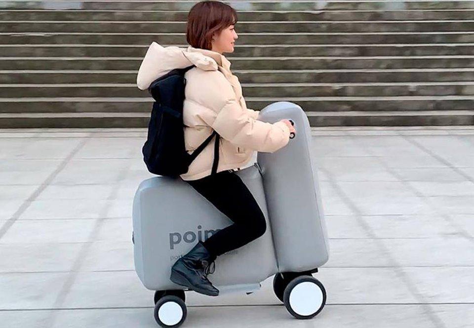 Японцы изобрели надувной электроскутер, который умещается в рюкзак.Вокруг Света. Украина