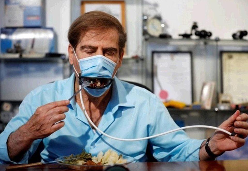 В Израиле изобрели маску, в которой можно есть.Вокруг Света. Украина