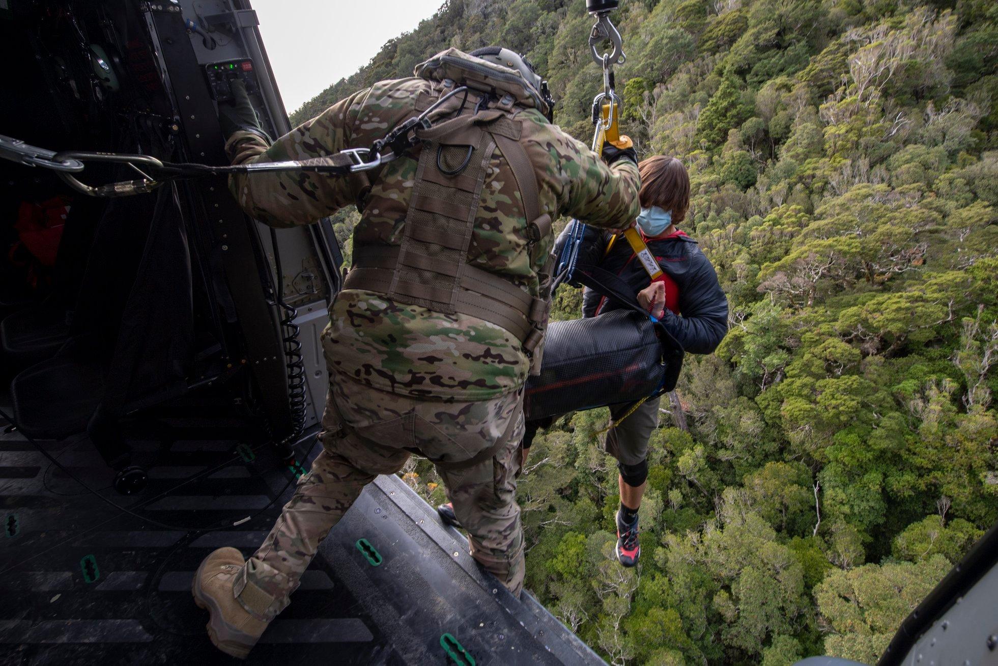 В Новой Зеландии потерявшихся туристов нашли через 18 дней