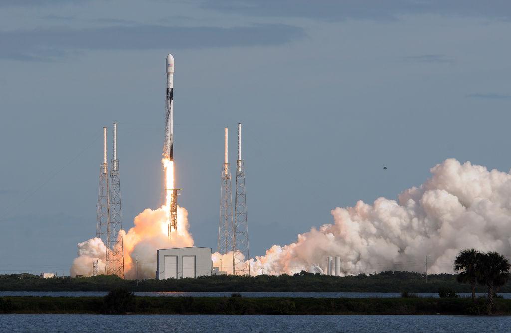 Проект Starlink: Илон Маск выполнил обещания, данные астрономам.Вокруг Света. Украина