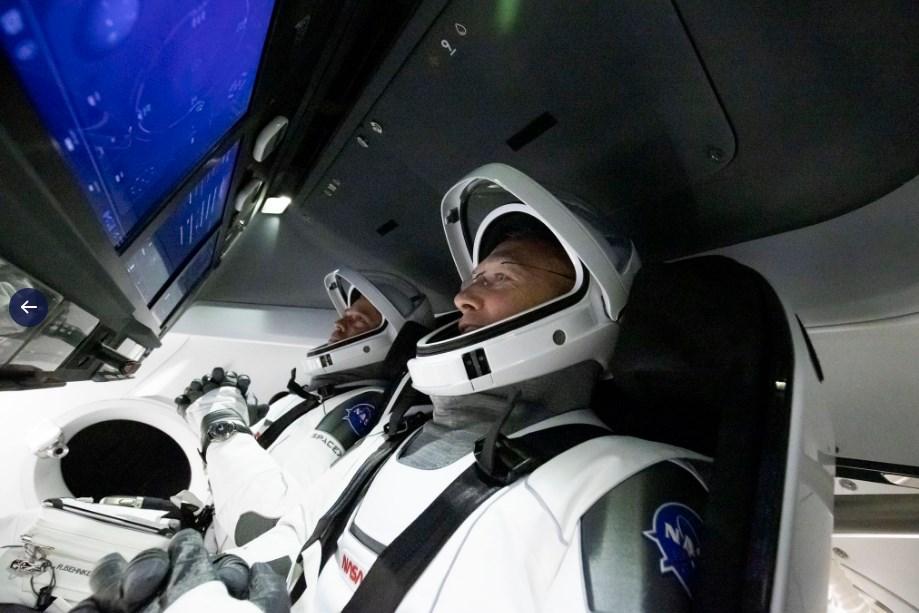 SpaceX перенесла исторический полет на МКС