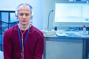 Слепые люди смогли увидеть буквы при электростимуляции мозга