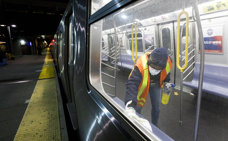 В Нью-Йорке впервые закрыли метро на ночь.Вокруг Света. Украина