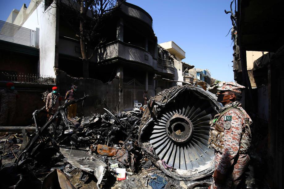 Авиакатастрофа в Пакистане: истории выживших