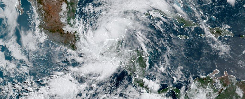 Сезон ураганов Атлантики бъет рекорды.Вокруг Света. Украина