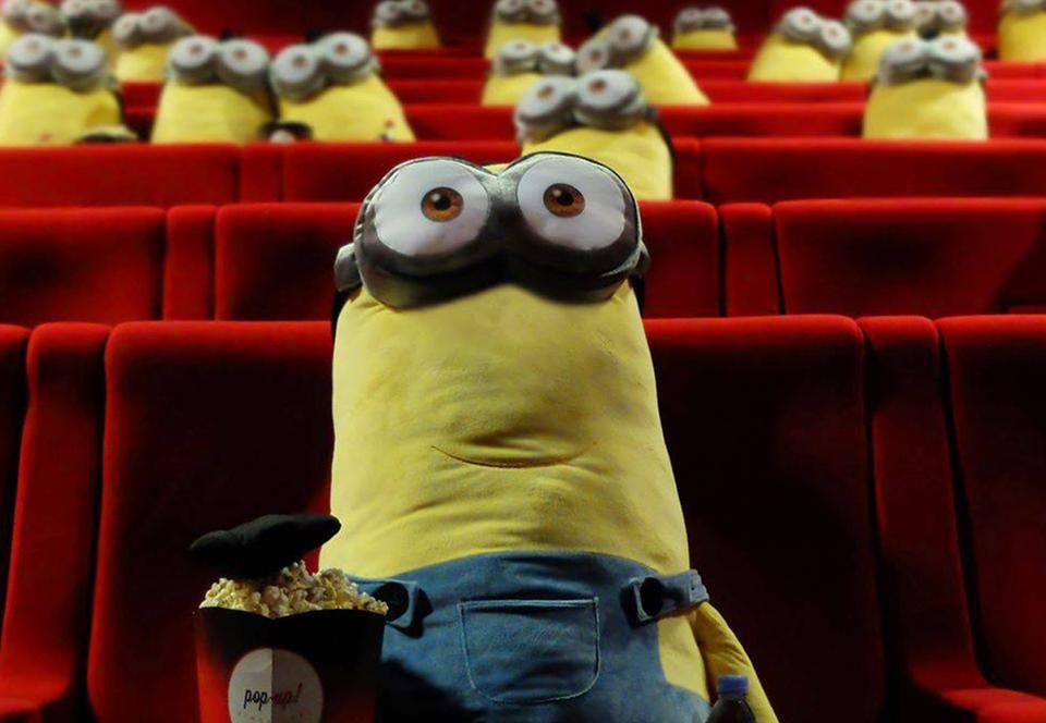 В кинотеатрах Франции миньоны следят за социальным дистанцированием