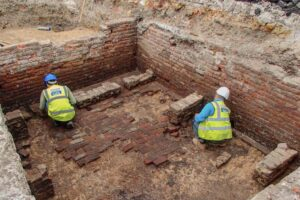Археологи обнаружили развалины старейшего театра Британии