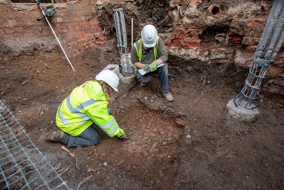 В Англии на стройке нашли останки шести средневековых горожан.Вокруг Света. Украина