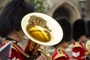 Без семьи и подданных: в Лондоне состоялся скромный королевский парад