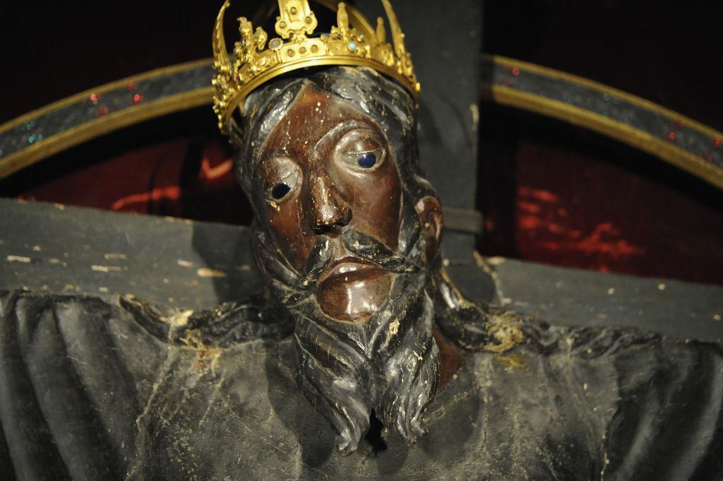 Знаменитая итальянская реликвия была признана старейшей деревянной скульптурой в Европе