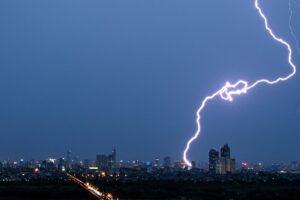В Аргентине зафиксировали рекордно длинную молнию