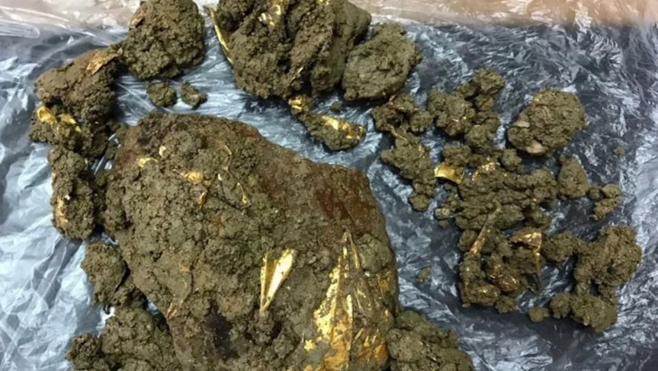 В Турции нашли античный саркофаг с золотой диадемой.Вокруг Света. Украина