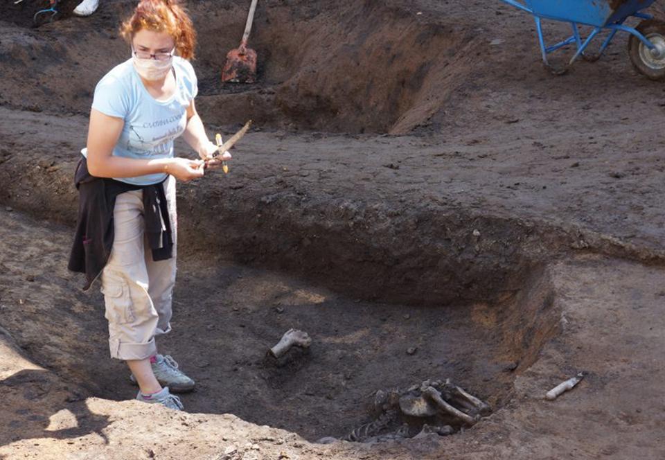 В Болгарии археологи нашли скелеты людей в странных позах.Вокруг Света. Украина