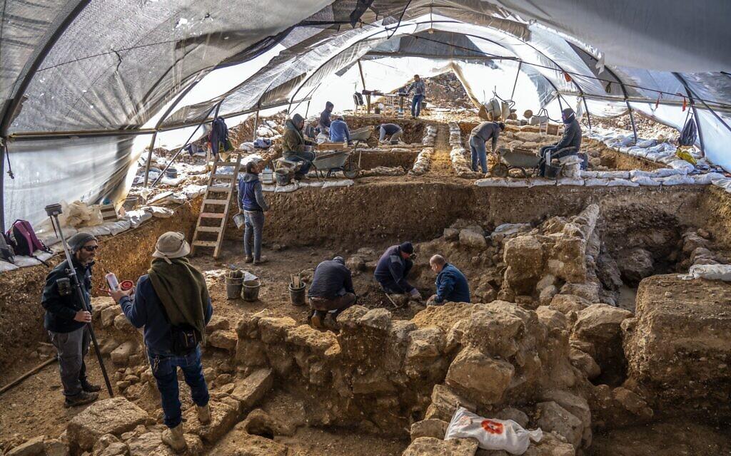 В Иерусалиме раскопали огромный царский комплекс