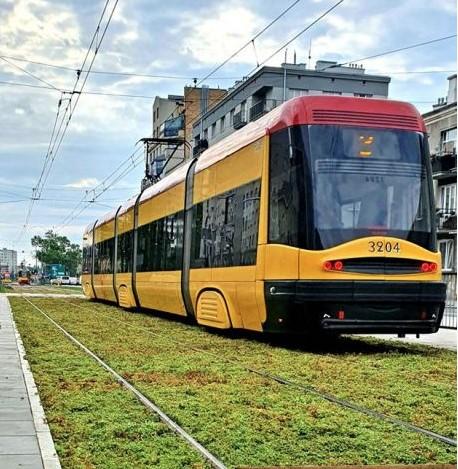 В Варшаве озеленяют трамвайные пути.Вокруг Света. Украина