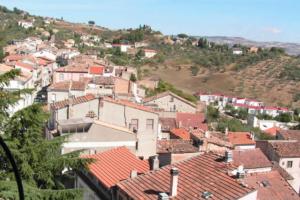 Итальянская деревня обеспечит бесплатным жильем, если приедете в этом году