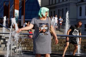 Лето в Украине продлится до конца сентября