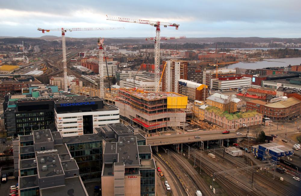 В Финляндии поднимут и перенесут каменное здание весом 2000 тонн