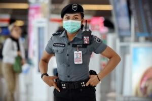 В Таиланде создают коронавирусную полицию, чтобы следить за туристами