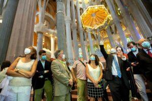 Храм Саграда Фамилия открылся для врачей